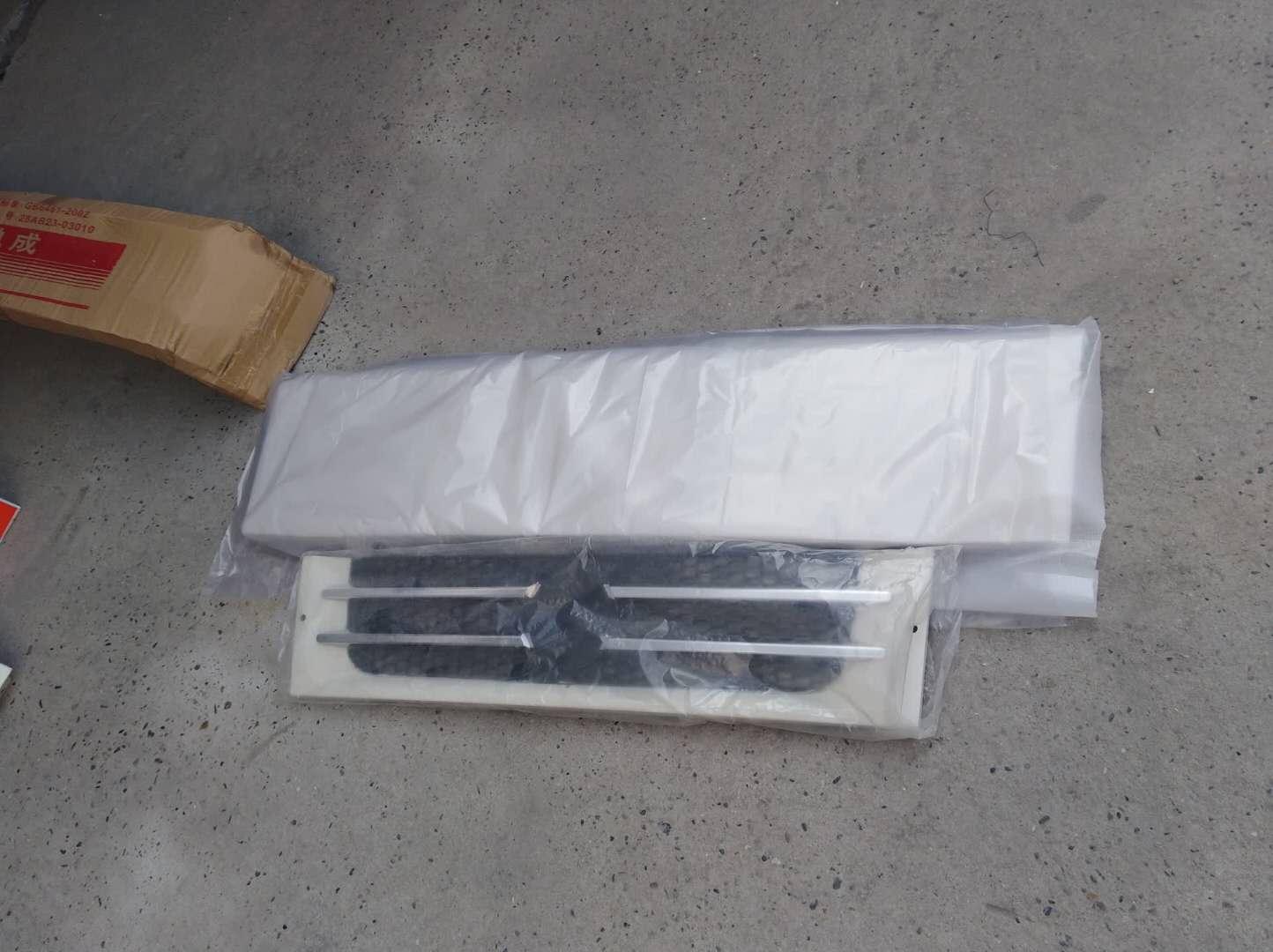 东风多利卡S2600前面板 中网价格