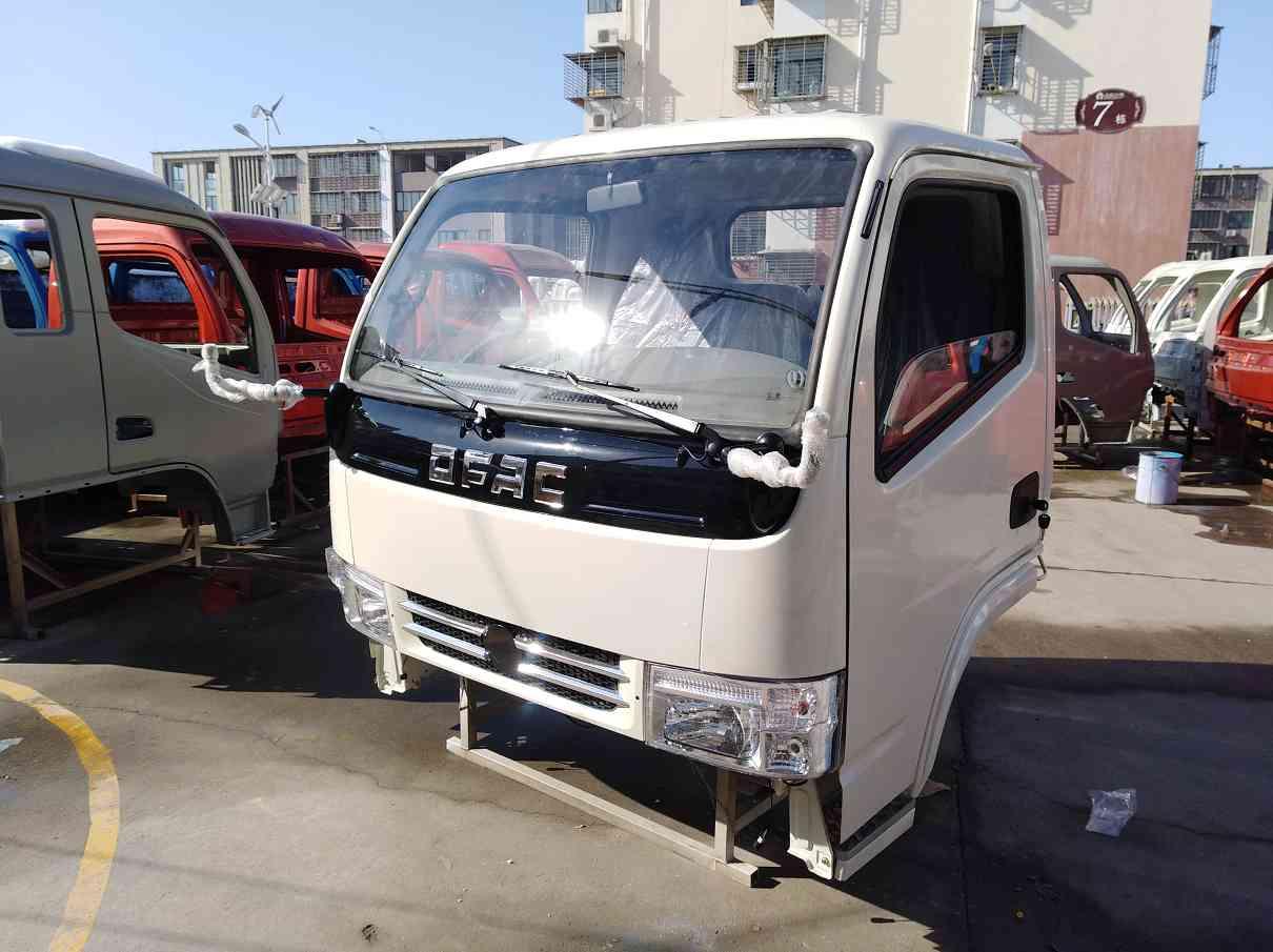 东风多利卡S2800配件专卖