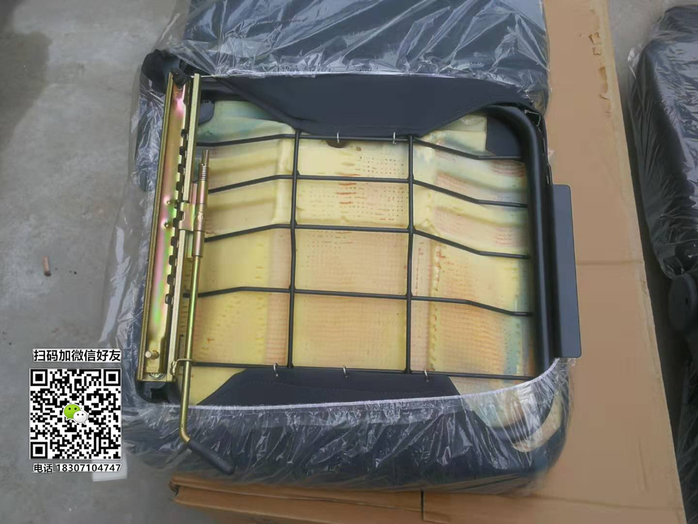 东风多利卡原厂司机座椅图片