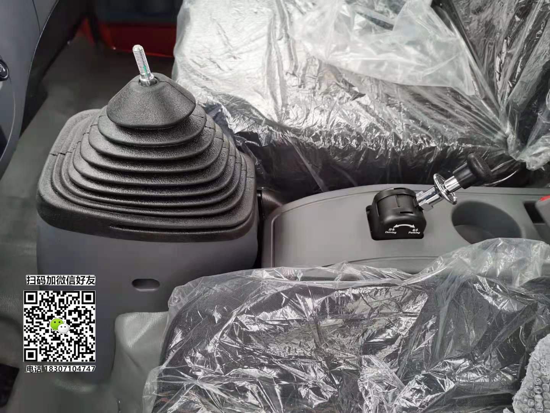 东风福瑞卡换挡防尘罩怎么更换