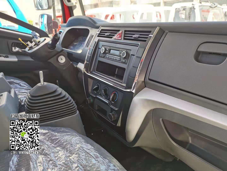 国六东风多利卡驾驶室价格